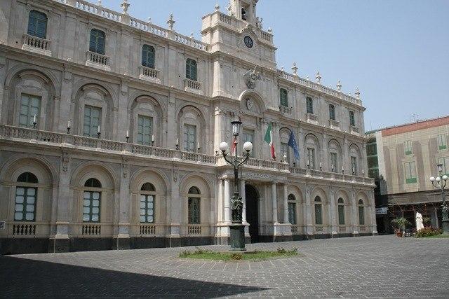 3_Piazza_università-Catania2_2