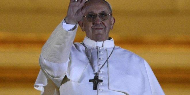 Papa Francesco conquista il cuore di San Pietro, ma…