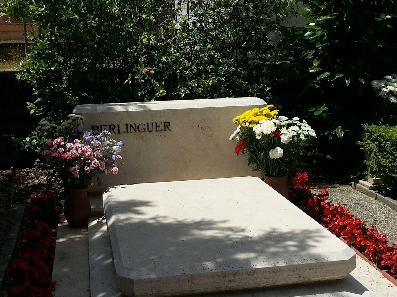 La tomba di Enrico Berlinguer, 25 maggio 2013
