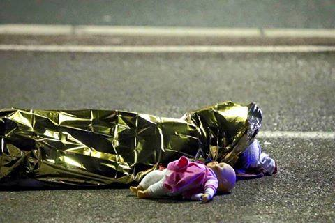 #Nizza, quell'orrore quotidiano diventato normalità